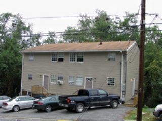 743 Snider St. 5 Bedroom Duplex $510