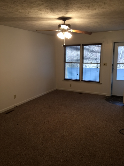923 Union Ave. 3 Bedroom Apartment $1350