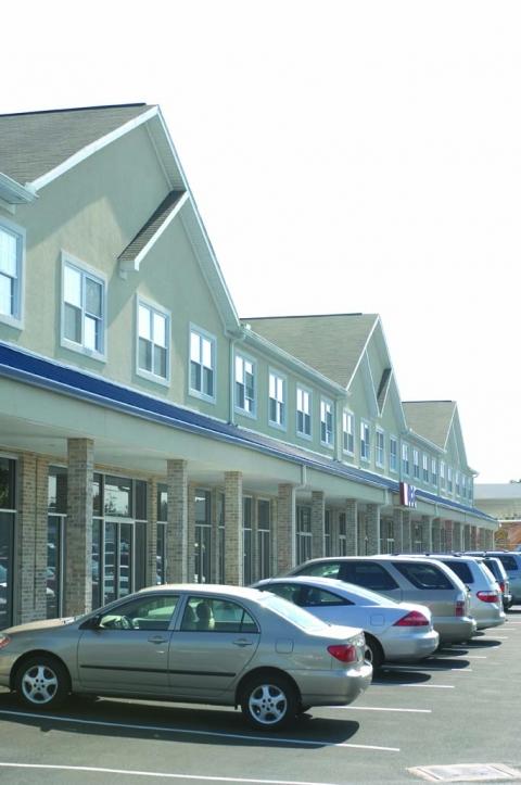 Pinecrest Plaza 1 Bedroom Apartments