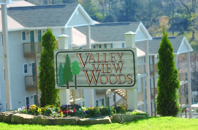 Valley View Woods 1, 2 & 3 Bedroom Apartments
