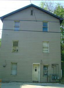 572 Brockway Ave. 2 Bedroom Apartment $650