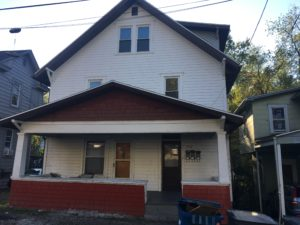 752 Weaver St., Apt. A 2 Bedroom Apartment within House $700