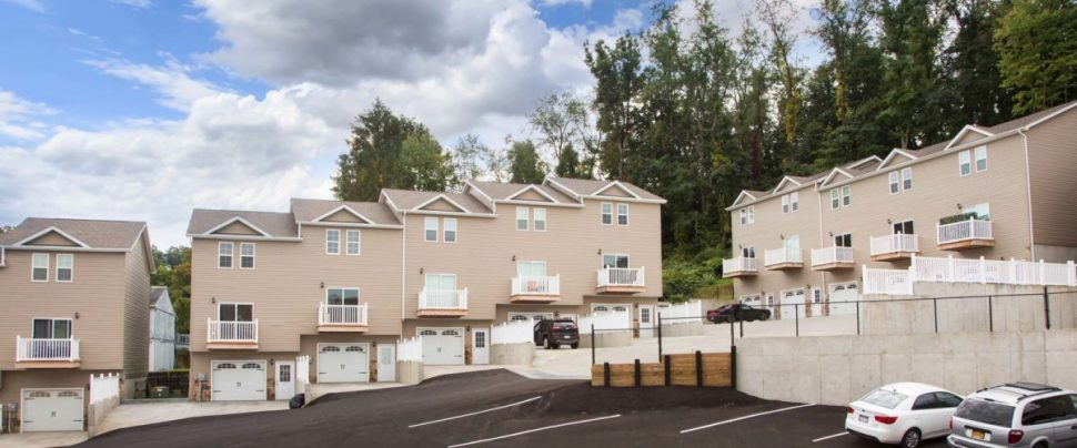 Avalon Place 1, 2 & 3 Bedroom Apartment / Townhomes $1000 - $1800