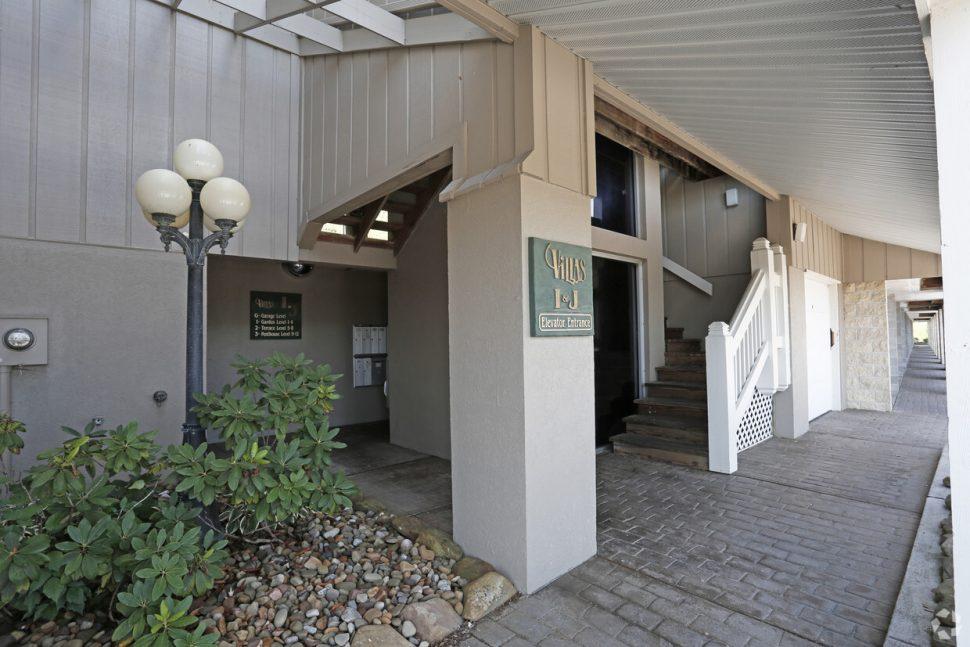 Photo of The Villas at Bon Vista (35)
