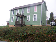 459 Dorsey Ave 3 Bedroom House $900