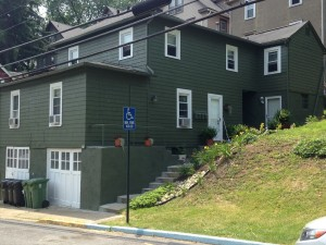 542 Pennsylvania Ave Apt A 3 Bedroom Apartment $580