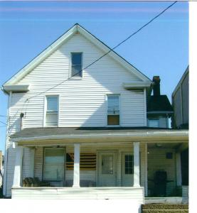 125 Fayette St Apt B 2 Bedroom Apartment within House $700