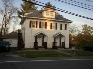 1041 E Chestnut Ridge Rd 2 Bedroom Apartment $600