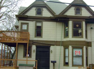 203 McLane Ave Apt 4 3 Bedroom Apartment within House $700 - $1050